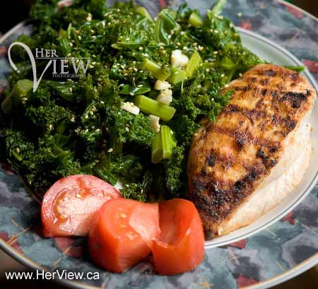 steamed kale with chicken and no starchy carbs